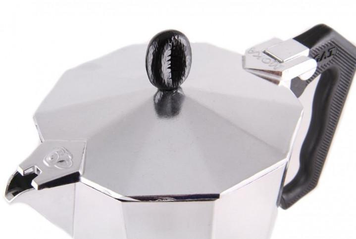 Кофеварка гейзерная GAT LADY ORO 6 чашек
