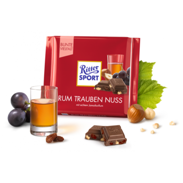 Шоколад молочный Ritter Sport (ямайский ром, изюм, орехи) 100 г